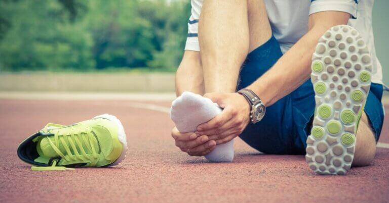 pijn in bovenkant voet